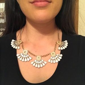 Jewelry - Faux marble diamond and pearl necklace